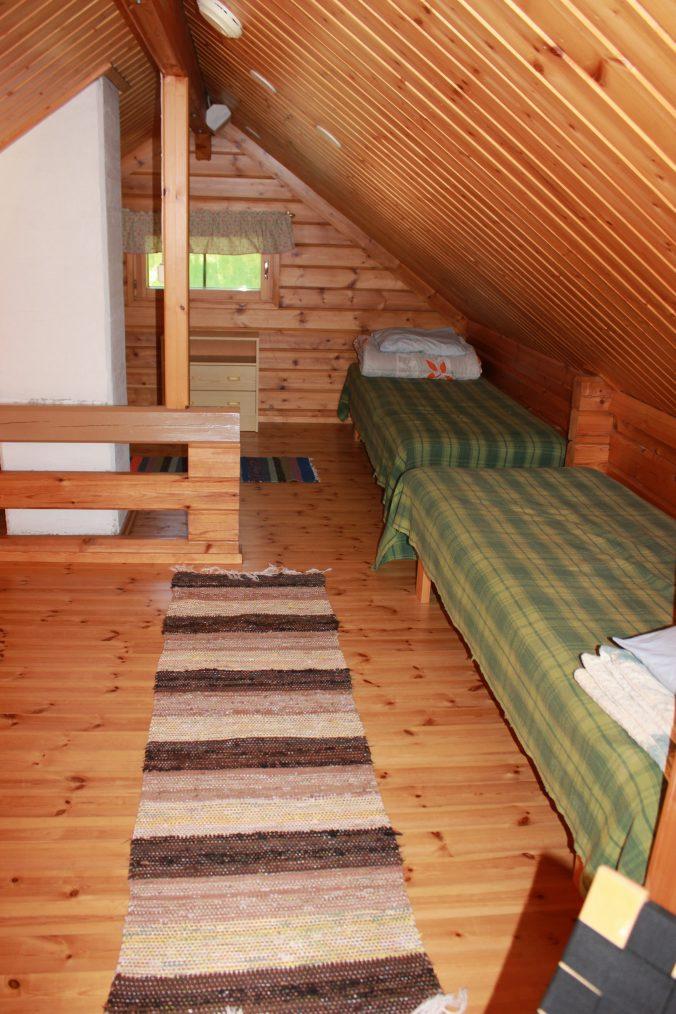 Parvella 3 sänkyä